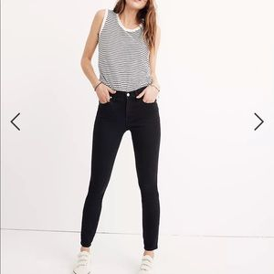 """Madewell 9"""" Mid-Rise Skinny Jeans in Lunar Wash"""